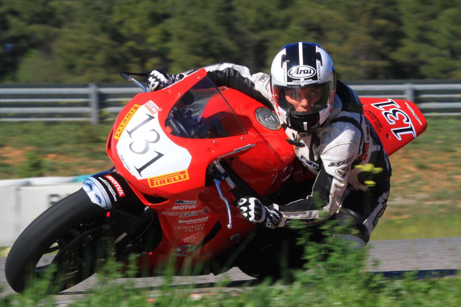 nova-moto-mag'motardes-rookie-O3Z-0