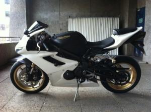 nova-moto-carbonforbikes-triumph-daytona-675-mehdil