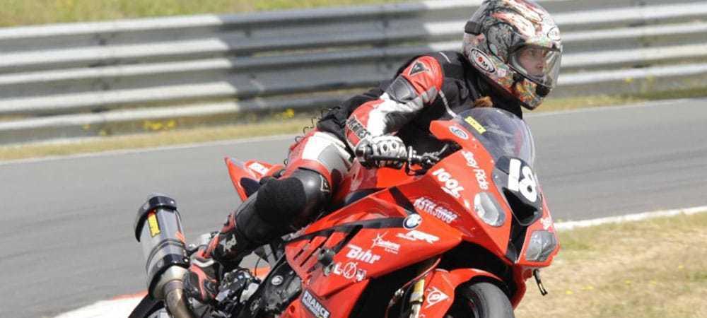 nova-moto-team18-partage-sa-passion