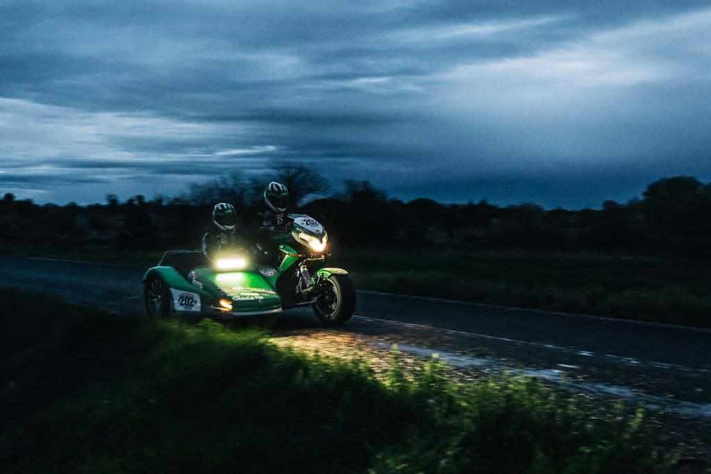 nova-moto-les-marluches-championnat-de-france-des-rallyes-2014-garrigues2.jpg