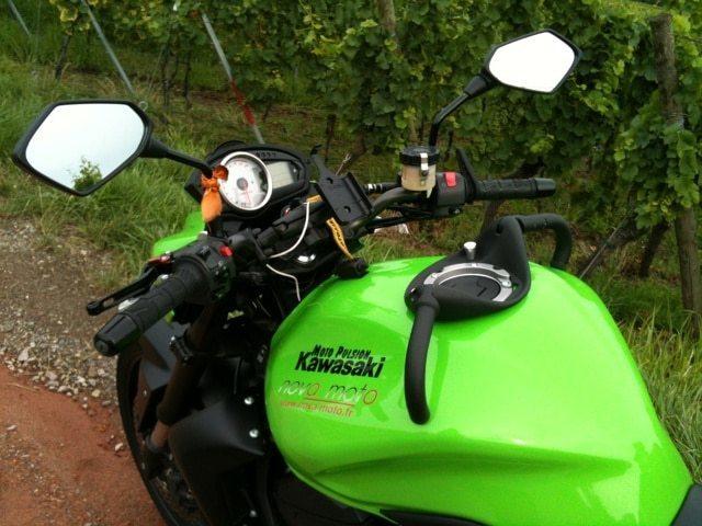 nova-moto-poignee-passager-vinxxgrip-z750-l