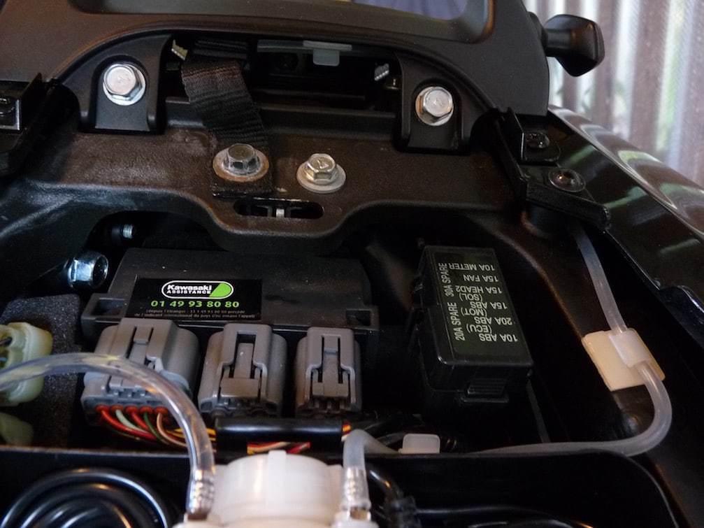 nova-moto-graisseur-de-chaine-automatique-cls-evo-P1160158
