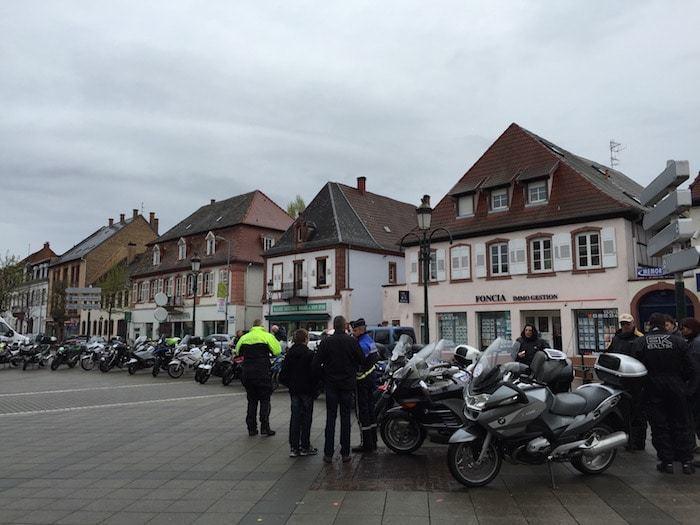 nova-moto-tous-en-selle-avec-la-police-3