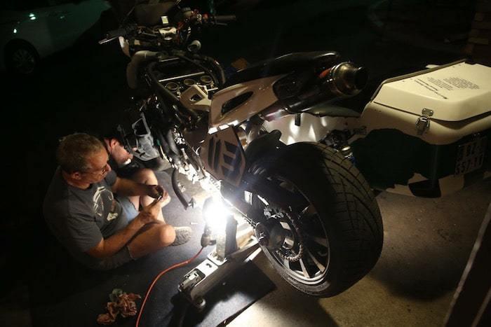 nova-moto-PPIHC2016-les-marluches-reparation2