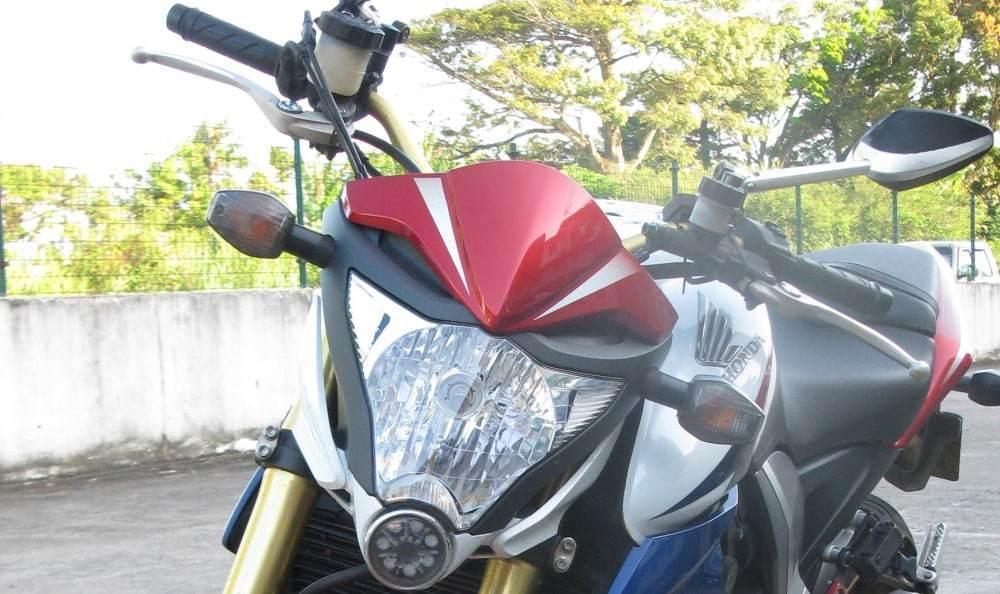 nova-moto-cls-evo-graisseur-chaine-honda-cb1000r-une