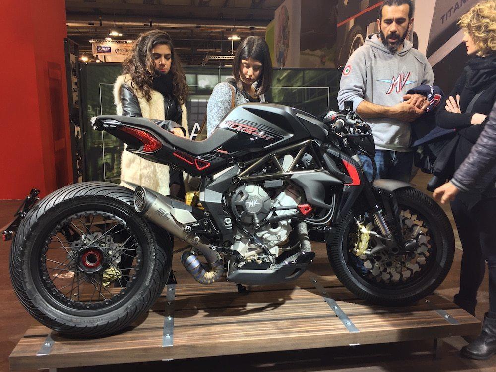 nova-moto-eicma-2016_19-41-58
