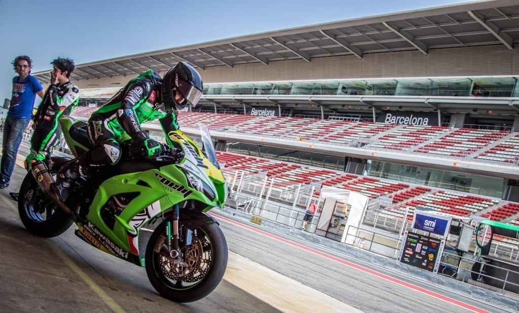 nova-moto-24H barcelone-endurance-kawasaki-ZX10R-antonio-alarcos-2