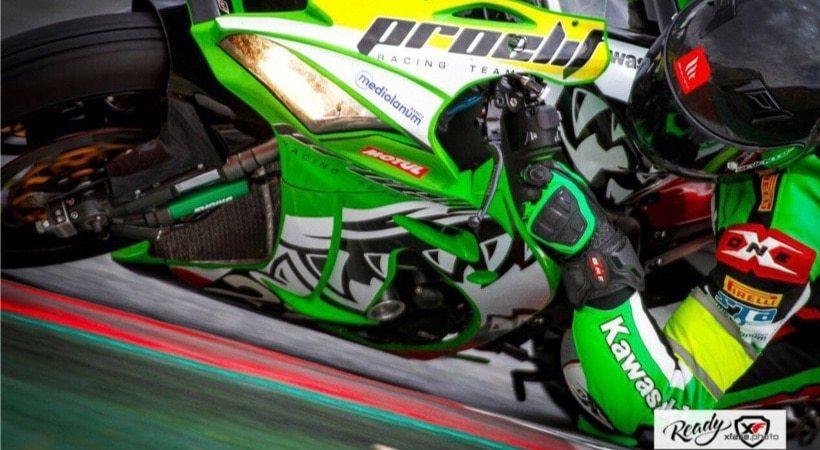 une-nova-moto-24H barcelone-endurance-kawasaki-ZX10R-antonio-alarcos