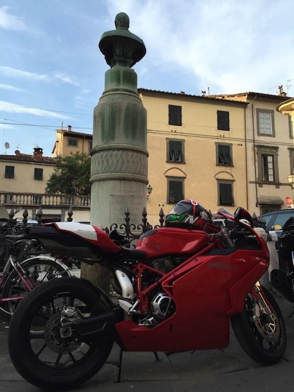 nova-moto-hebergement-moto-lucques-5