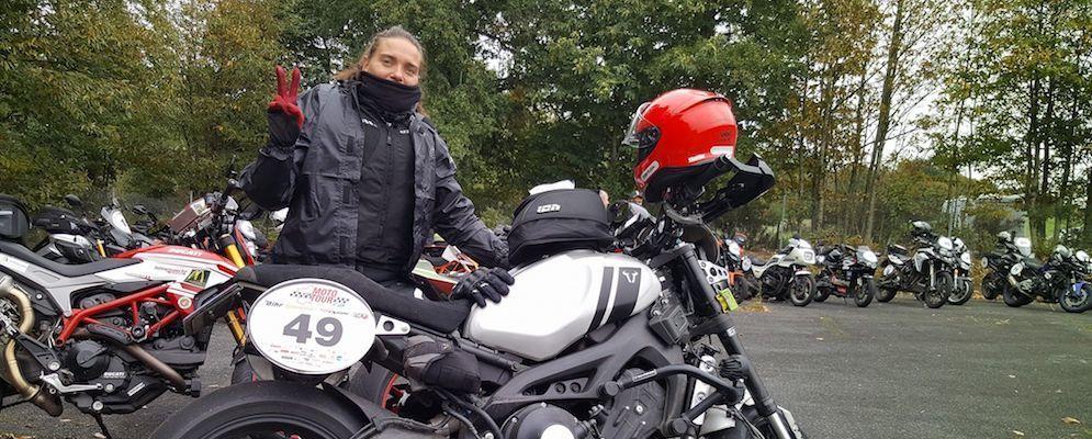 une-nova-moto-lydia-truglio-beaumont-magmotarde-moto-tour1