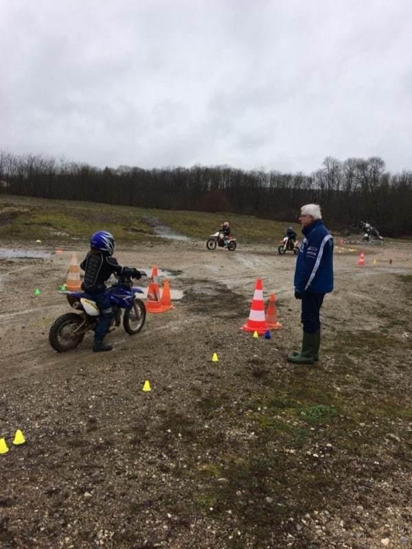 nova-moto-ecole-pilotage-vincent-philippe-VP1-7
