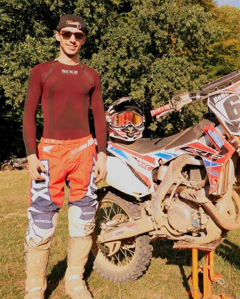 nova-moto-sixs-sous-vetement-technique-moto-nils4