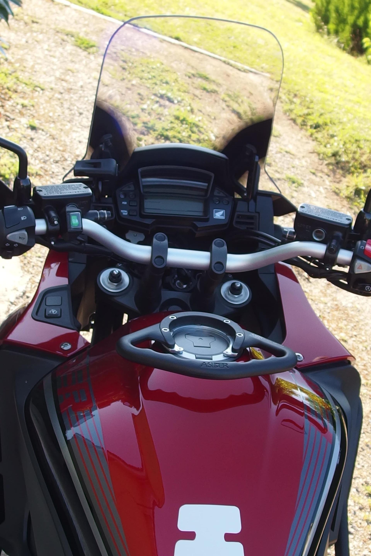 go cruise accessoire contr le acc l rateurnova moto distributeur d 39 innovations moto et pilote. Black Bedroom Furniture Sets. Home Design Ideas