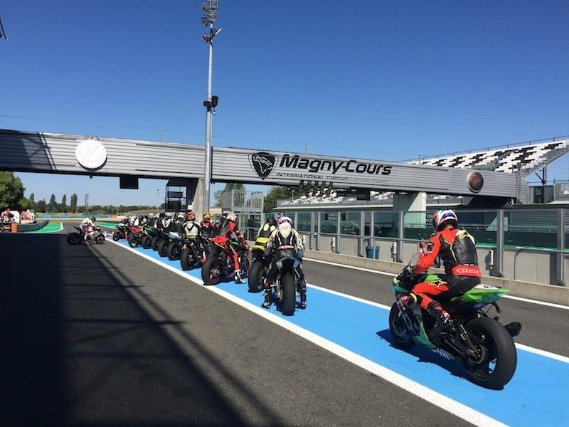 nova-moto-roulage-team-18-magny-cours-8